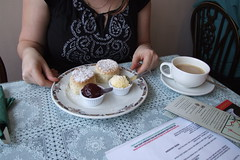 Bourton-on-the-Water - Cream Tea