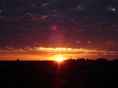Amanhecer1 (criscbeber) Tags: sol amanhecer