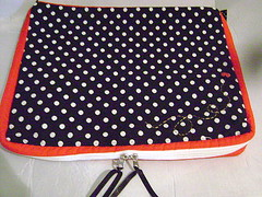 capa note joaninha (Pé de Pera) Tags: navy case fabric ladybugs joaninha tecido netbook capadenotebook pédepera
