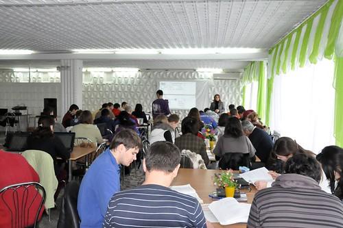 Năstica Filat predă la sesiunea Planiricarea Timpului 2010, la sanatoriul Codru din Hârjăuca, Călăraşi.