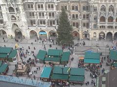 MÜNCHEN - Marienplatz: Weinachtsmarkt / Christmas Market (Andra MB) Tags: christmas germany munich münchen bayern deutschland bavaria noel weinachten rathaus allemagne 2009 primarie germania baviera crăciun bavière
