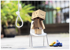 Hang Myself (avenue207) Tags: danbo revoltech avenue207