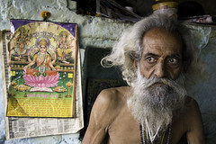 Sadhu (tosatori) Tags: portrait india man color colour male hat beard eyes expression indian holy pirate turban hindu baba babas sadhu 2010 mela rishikesh haridwar uttarpradesh markwilliams kumbhmela sadhus sadhvi kumb tosatori