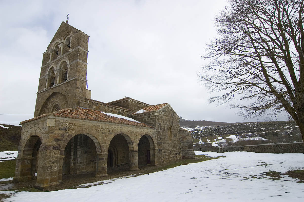 San Salvador de Cantamuda bajo la nieve