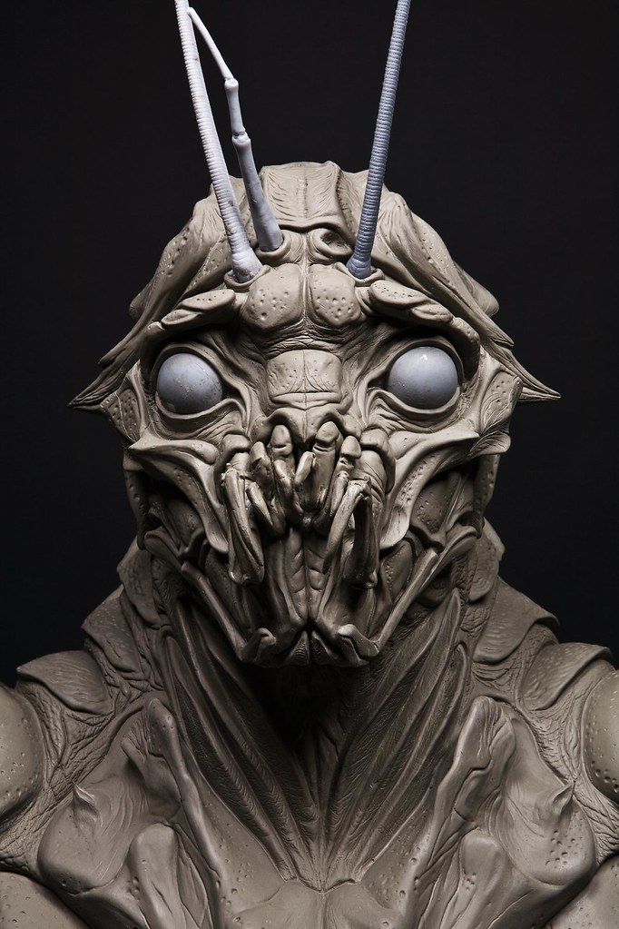 Escultura Sector 9 Alien