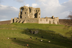 Auchindoun castle (Archie Mc) Tags: auchindoun