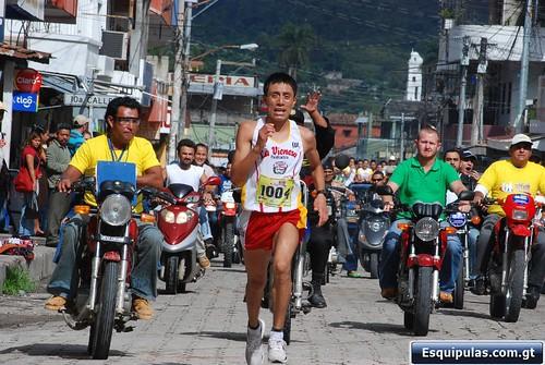 Víctor Nicolás Hernández, Ganador de la Media Maratón