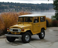 FJ40 Hard Top (t i g) Tags: cars yellow 4x4 toyota land mustard restoration 1978 fj landcruiser 78 cruiser mustardyellow toyotalandcruiser fj40 fjcruiser uglina