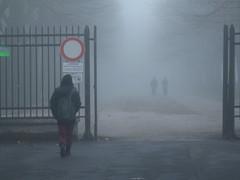 Nebbia (silgeo) Tags: people italy fog italia persone nebbia freddo luce paesaggio umbria passeggio terni passeggiata goldstaraward