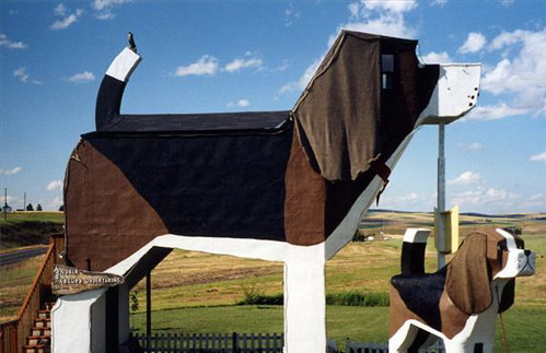 Dog Bark Park Inn, Photo Credit to www.UnusualHotelsoftheWorld.com