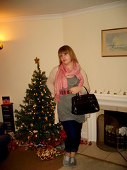 21st Dec (Blush:Fashion) Tags: pink brown white black bag belt beige jean handbag leggings topshop primark lookbook plimsolls chictopia jeggings