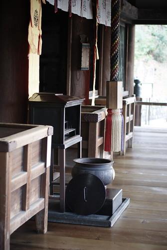 an altar in Kiyomizu