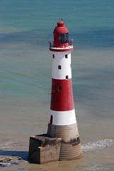Amore non  amore se muta quando scopre un mutamento o tende a svanire quando l'altro s'allontana... (fla via) Tags: lighthouse faro sussex phare vuurtoren leuchtturm     nikond80    flaviamagnifici