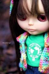 Think Green... (Moon__Stone) Tags: green think fringe warrior kenner blythe logan bangs eco wispy banged redbrunnette