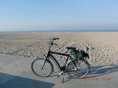netherlands (field hockey) Tags: world ocean blue sea sun lighthouse cold holland water netherlands amsterdam bike bicycle sand capital center end sparta gazelle velo fiets ion ebike batavus