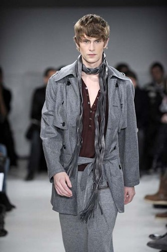 Mathias Lauridsen3214_FW10_Paris_Francesco Smalto(Franky-F@mh)