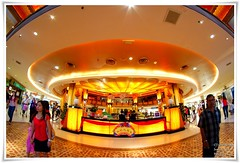Alien Attack (cjlai76) Tags: light orange yellow closeup architecture lens star design asia counter shot dish interior alien attack ufo malaysia falcon polar disc product information vivitar walimex 180 bower selangor sunwaypyramid aspherical receiption opteka rokinon cjphotography diagonalfisheye sonyalphadslra300 samyang8mmf35 samyangfisheye cjlai76 cjlai