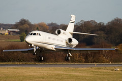 N900JG - 168 - Private - Dassault Falcon 900EX - Luton - 091126 - Steven Gray - IMG_4674