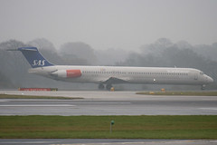 SE-DIS - 53006 - Scandinavian Airlines SAS - McDonnell Douglas MD-82 (DC-9-82) - Manchester - 081126 - Steven Gray - IMG_2609