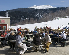 - Cannon Mountain NH apres