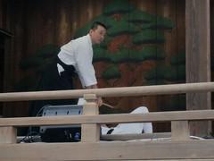 大鳥神社神楽殿演武9