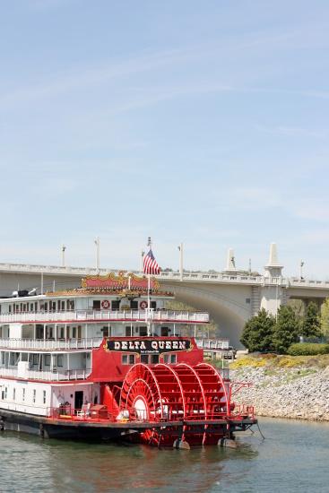 Chattanooga Riverboat - Delta Queen
