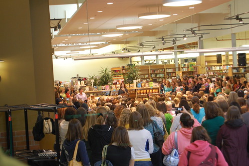 PWs cookbook signing (12)