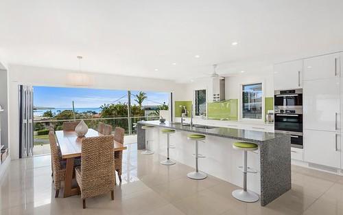28 Oceanview Cres, Emerald Beach NSW 2456