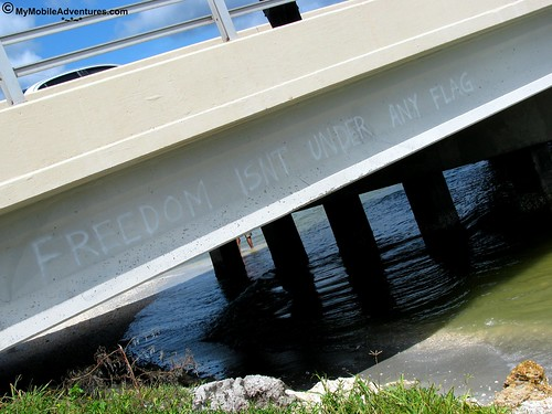 IMG_2034-Captiva-Blind-Pass-bridge-graffitti