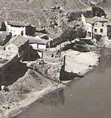 Torre del Hierro de Toledo en ruinas a mediados del siglo XX. Foto Manipel