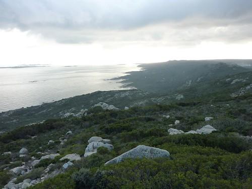 Tour de Santa Manza : la côte vers le Sud et les îles