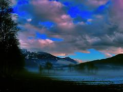 oltre la nebbia (perplesso42) Tags: snow fog slovenia neve nebbia cloudscapes blueribbonwinner kobarid caporetto platinumphoto flickrestrellas landscapesdreams vosplusbellesphotos flickraward allegrisinasceosidiventa virgiliocompany