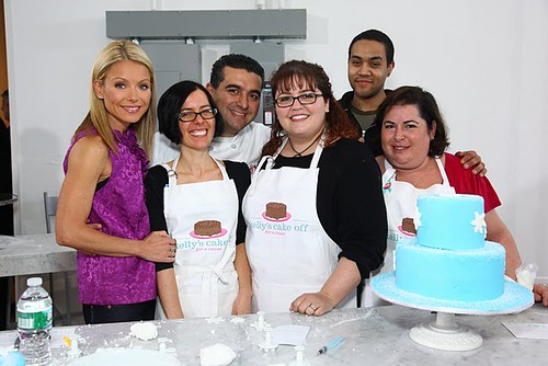 Kelly_and_Cake_Boss_with_Snow_Day_team