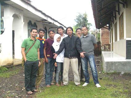 Bantuan MTs Sururon & SMK Pertanian Sarimukti