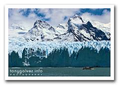 glaciar Perito Moreno, Patagonia (Tony Glvez) Tags: blue patagonia santacruz ice gelo southamerica argentina azul america canon geotagged highresolution el canoneos20d unesco worldheritagesite glacier explore andes naturalwonder peritomoreno glaciar lagoargentino canoneos perito moreno hielo mothernature sudamerica elcalafate calafate mountainlandscape geleira peritomorenoglacier ventisquero glaciarperitomoreno americadelsur ph038 patrimoniomundialdelahumanidad explored geolocated altaresolucin madrenaturaleza viewonblack maravilhanatural altaresoluo geolocalizada geoetiquetada geoposicionada maravillanatural verlaennegro geopositioned madrenatureza maravilladelanaturaleza maravilladanatureza