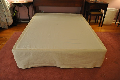 How To: Make a Bed Skirt