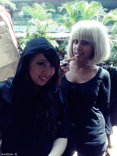 Black riding hood and her white haired friend