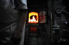 Essència vital (LB Cendrós) Tags: old red dark fire gris oven arm interior vermell veins fuego horno brazo oscuro adulto venas reportaje kilin