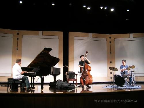 Lou Rainone Trio 爵士演出排練