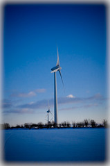 Solitude... (Chris H#) Tags: snow clouds solitude quiet wind northamptonshire solitary processed windfarm baron turbines s3000 photoshoplightroom cranfordstjohn nikond5000 theonlysoundisthatofthewind whereyoucanalmostloseyourself