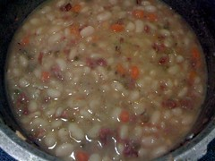 Northern Beans with Ham Hocks