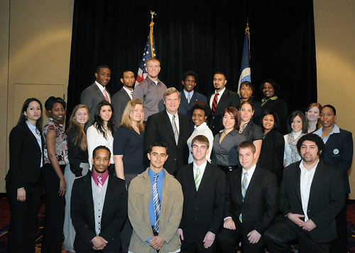 Student participants of USDA's Agricultural Outlook Forum Diversity Program meet with Agriculture Secretary Tom Vilsack at the 2010 USDA Outlook Forum.