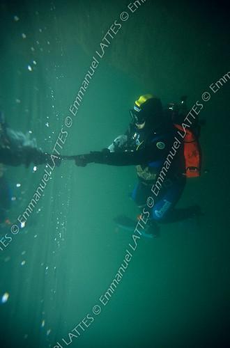 Plongée sous-marine en eau douce (36270 Eguzon Chantôme).