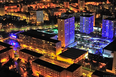 Brest City : Bellevue by Night (Brestitude) Tags: night photo brittany bretagne aerial breizh brest nuit bellevue quartier arienne finistre arien immeubles brestitude centrecommercialb2