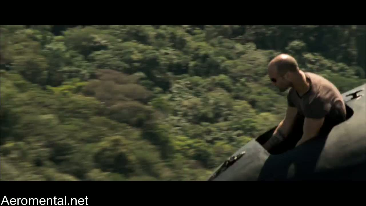 The Expendables Jason Statham tip airplane