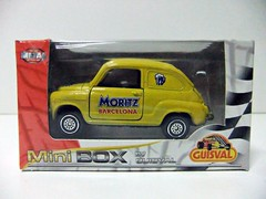 """SEAT 600 """"MORITZ BARCELONA"""" - GUISVAL (RMJ68) Tags: seat 600 e moritz barcelona cerveza beer guisval mini box diecast coches cars juguete toy 143 scale"""