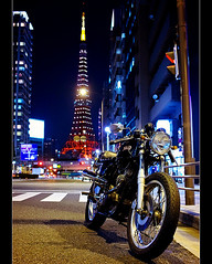 On the road again (Noisy Paradise) Tags: road street city urban japan night tokyo sigma dp tokyotower   foveon mortorcycle  nortoncommando sigmadp2