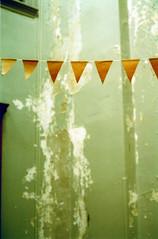 paper garland (abbytrysagain) Tags: november brown paper garland kraft secondstorieindiemarket handmadenationfilmscreening