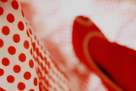 red dots_2