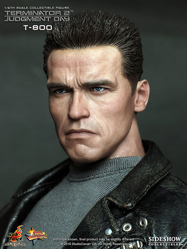 A First Look at Hot Toys T2 T-800